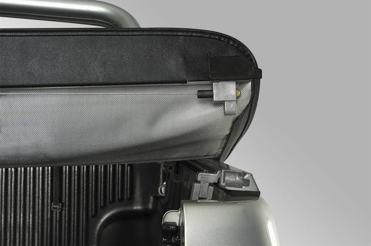 bache plate noire ford ranger double cab 2012 wildtrack. Black Bedroom Furniture Sets. Home Design Ideas